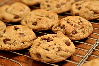 320px-chocolate_chip_cookies_-_kimberlykv